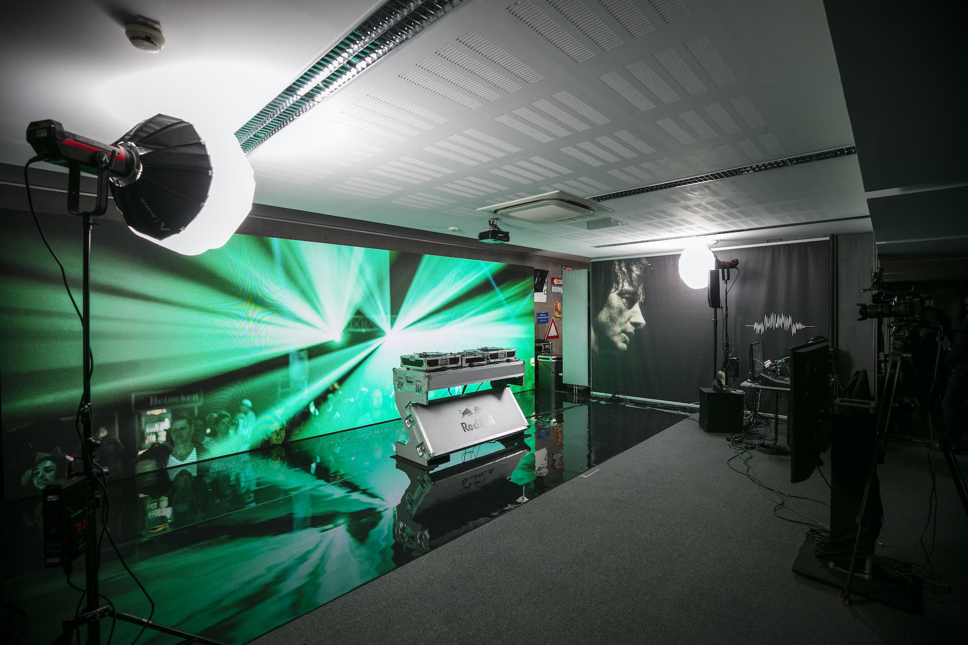 11go4live LED Studio
